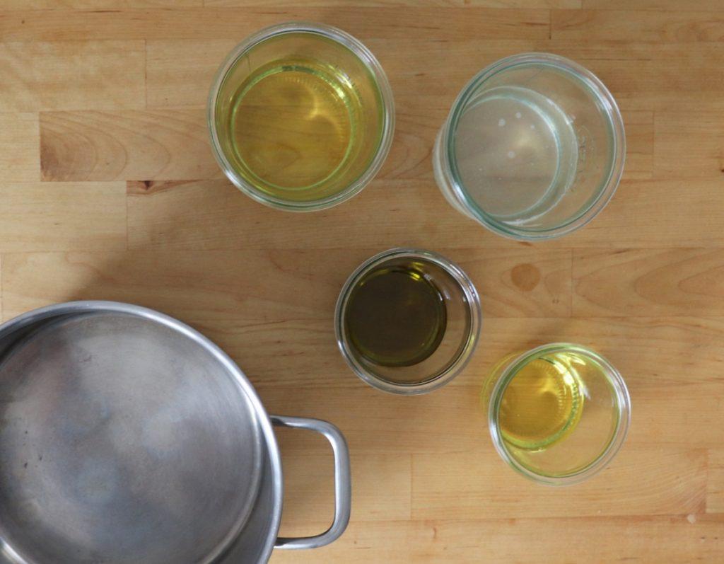 Zutaten: verschiedene Öle