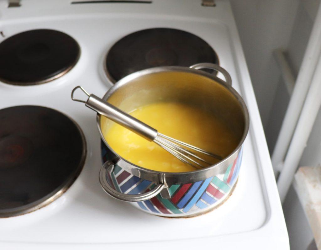 Lemon Curd erhitzen