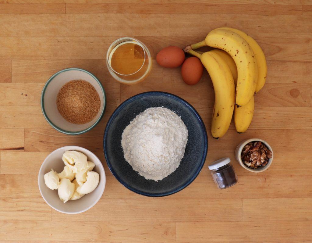 Bananen, Mehl, Eier, Zucker, Margarine, Vanillemark