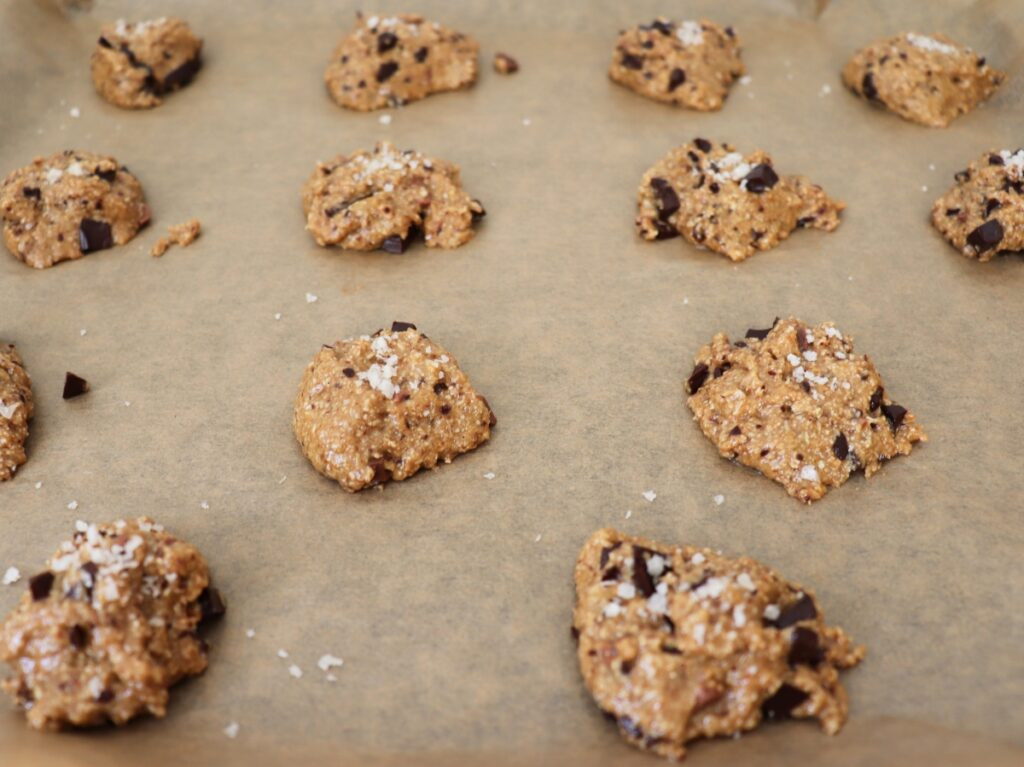 Cookieteig bereit zum Backen machen