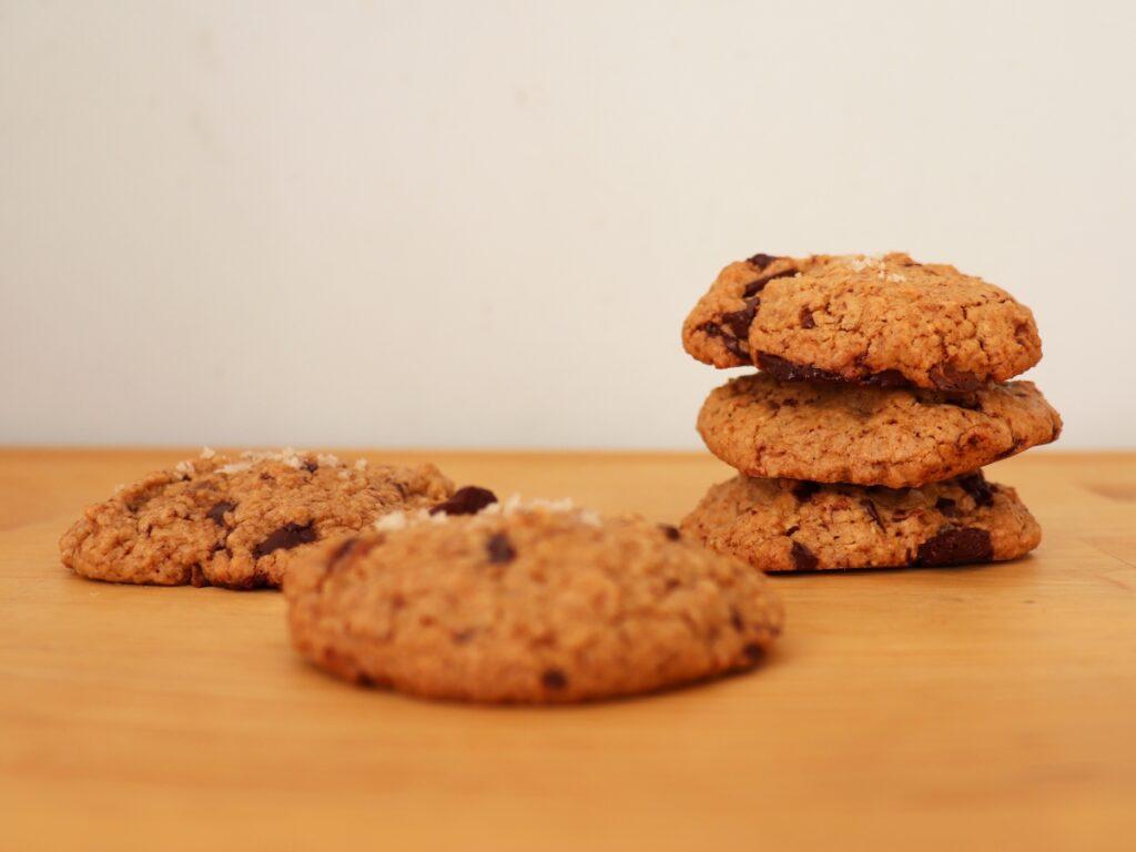 Hafercookies mit veganer Schokolade